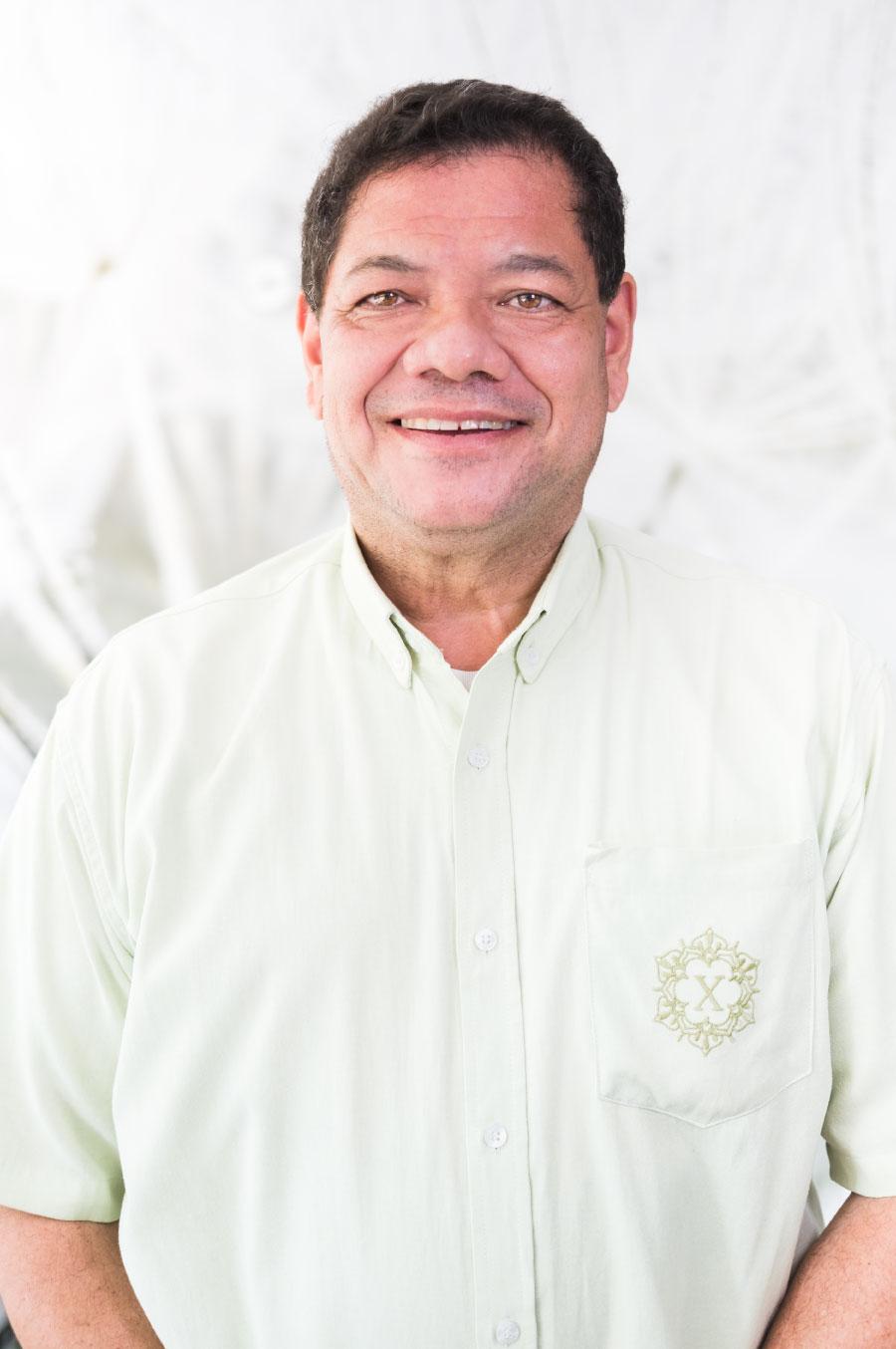 Álvaro E. García L.